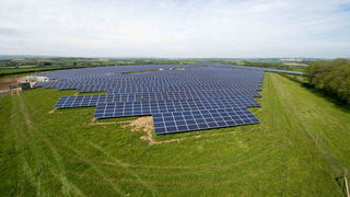 Greencells Solarpark in Coombeshead, UK. Bild und Copyright: Greencells.