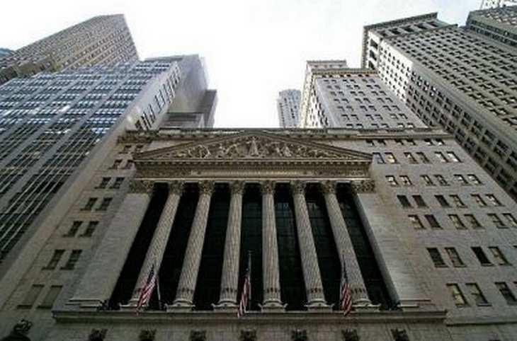 Die Deutsche Bank befürchtet Gegenwind für die Märkte und die eigene Bilanz aus zahlreichen Unsicherheiten aus Wirtschaft und Politik.