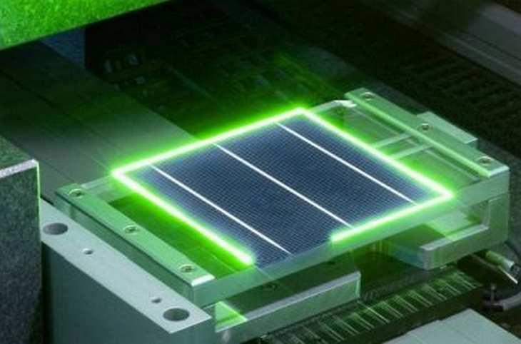 Der Anlagenbauer Manz sieht für sich den Durchbruch in der Solarenergiesparte mit einem Großauftrag aus China geschafft. Bild und Copyright: Manz.