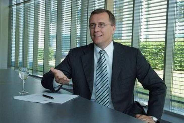 Qiagen-Finanzchef Roland Sackers kündigt eine millionenschwere Auszahlung an die Aktionäre an. Bild und Copyright: Qiagen.