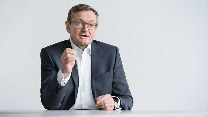 Jürgen Hermann, Vorstandsvorsitzender der QSC AG, im Interview mit der Redaktion von www.4investors.de. Bild und Copyright: QSC.