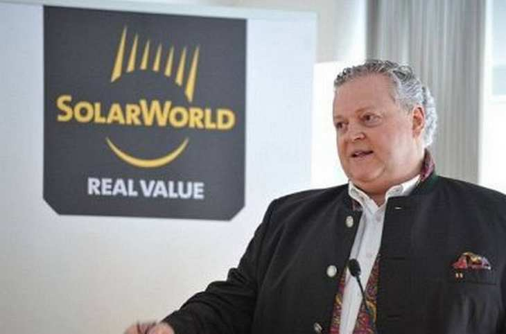 Bild aus besseren Zeiten bei Solarworld. Mittlerweile macht Frank Asbeck mit einer neuen GmbH gute Geschäfte, die alte AG ist pleite. Bild und Copyright: Solarword.
